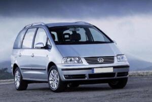 7 személyes VW Sharan bérautó