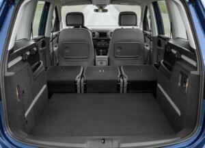 VW Sharan egyterű hatalmas csomagtérrel